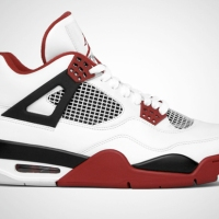 Sneaks: Nike Air Jordan 4 Retro