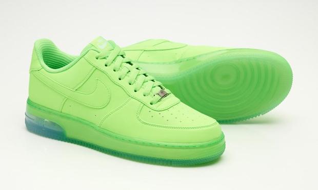 Sneaks  Nike ID Synthetic Range 5e04b772c2
