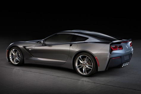 2014-chevrolet-corvette-stingray-02