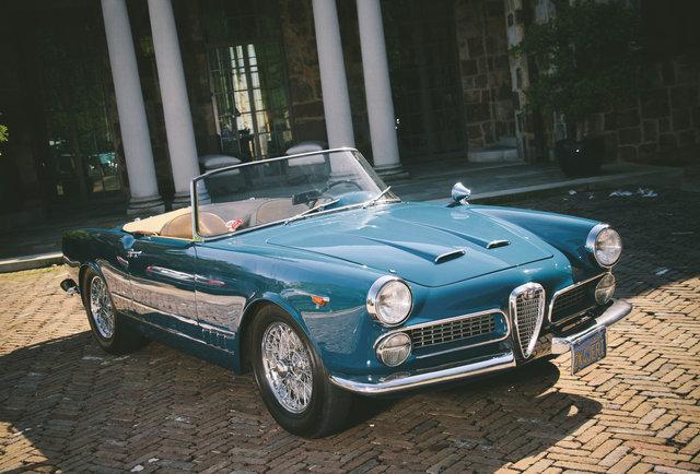 Ride : Alfa Romeo 2000 Spider